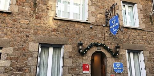 Autour de l'Hôtel Quic en Groigne
